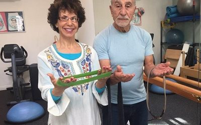 Standing Exercises with Resistance to Strengthen Your Glutes For Seniors